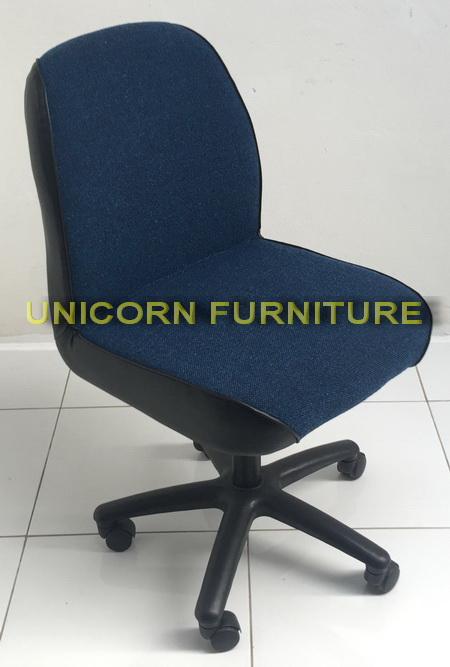 เก้าอี้สำนักงาน รุ่น C-01-PV 2
