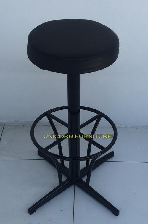 เก้าอี้บาร์ โครงเหล็กเบาะนวม รุ่น  แคลิฟอร์เนีย