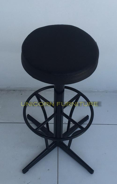เก้าอี้บาร์ โครงเหล็กเบาะนวม รุ่น  แคลิฟอร์เนีย 1