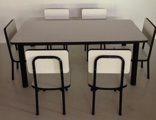 โต๊ะอนุบาล แบบกลุ่ม รุ่น ปังปอนด์ 2