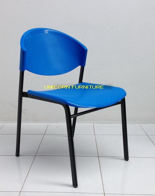 เก้าอี้โพลีโครงเหล็กแป๊ปรูปไข่ พ่นสีดำ  รุ่น CP-03P 6