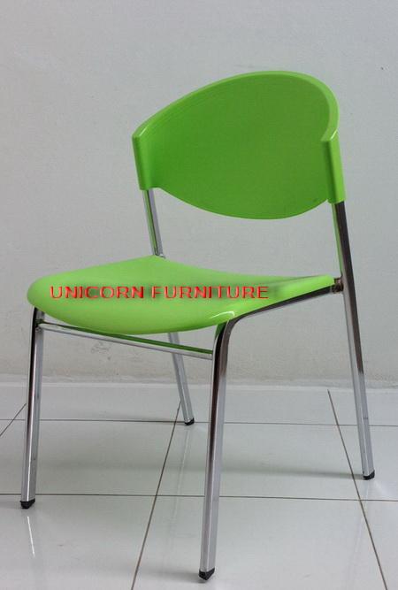เก้าอี้โพลีโครงเหล็กแป๊ปรูปไข่ พ่นสีดำ  รุ่น CP-03P 7
