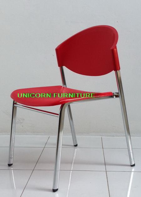 เก้าอี้โพลีโครงเหล็กแป๊ปรูปไข่ พ่นสีดำ  รุ่น CP-03P 9