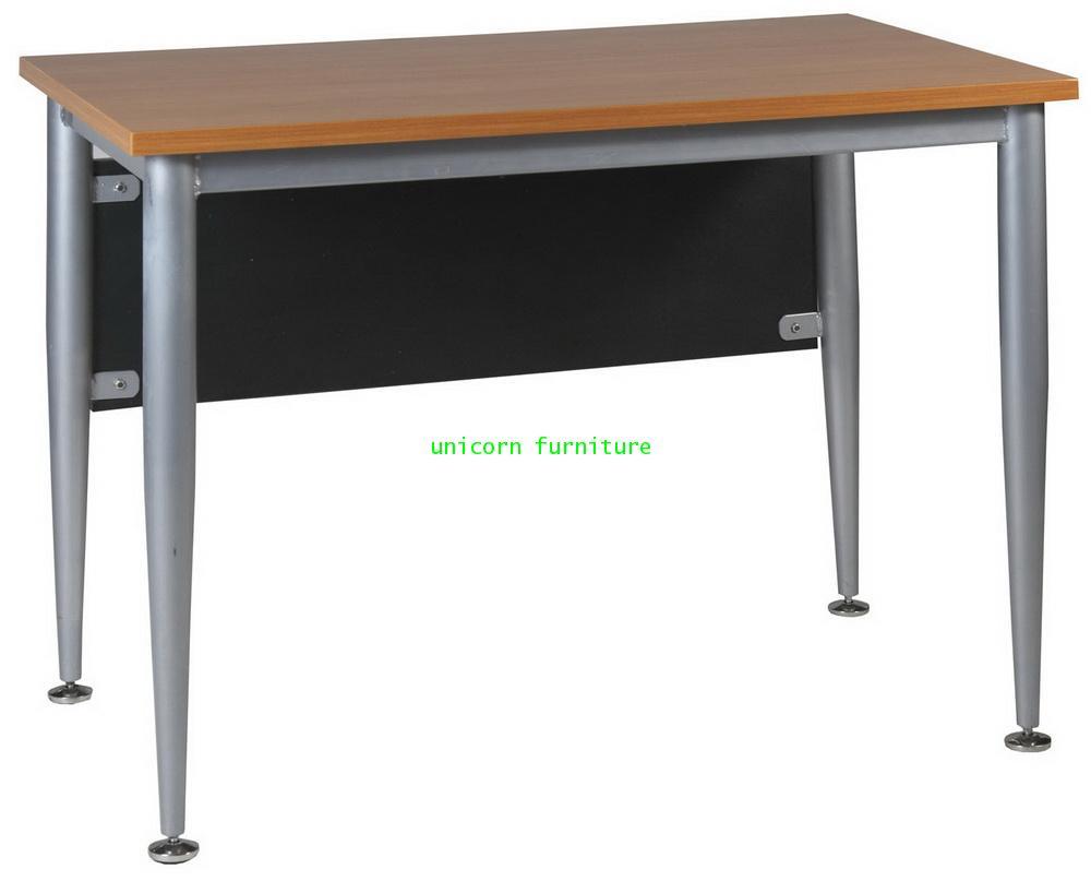 โต๊ะทำงาน  รุ่น PFF9