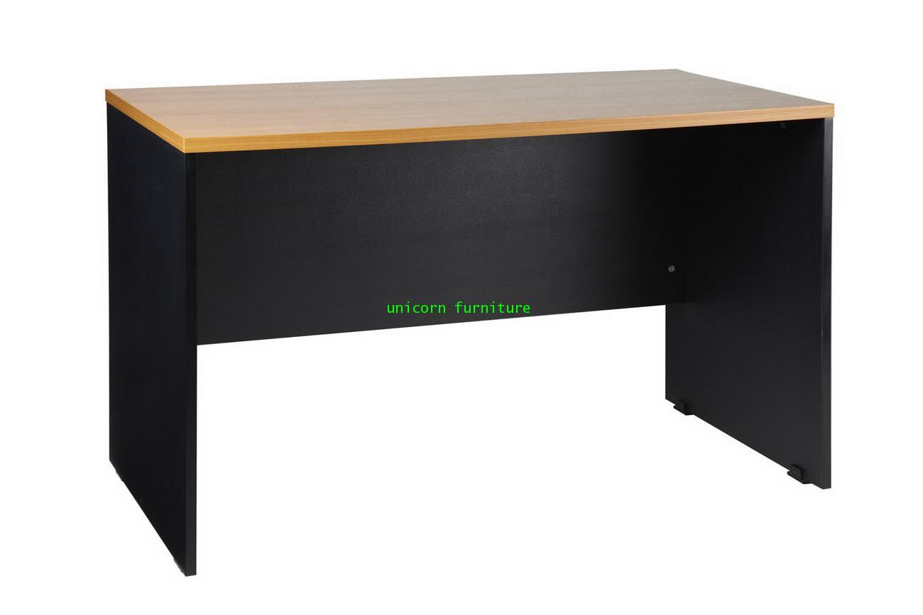 โต๊ะทำงานโล่ง รุ่น PFF18