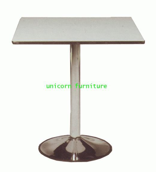 โต๊ะอาหาร รุ่น UN-679 แชมเปญ เหล็กหล่อ 16นิ้ว