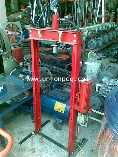 แท่นอัดไฮดรอลิคใช้ลม Air Hydraulic Press