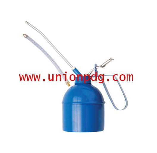 กาหยอดน้ำมัน กาบีบน้ำมัน Oil can with flexible spout UNIOR/1375