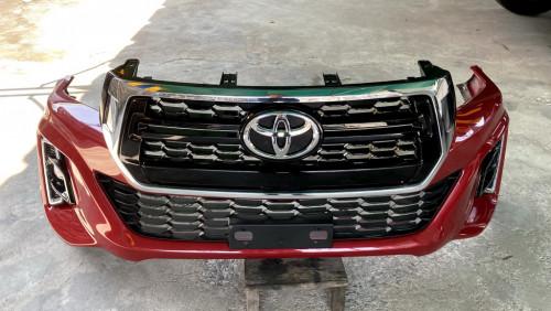 กันชนหน้า  หน้ากระจัง  ไฟตัดหมอก  TOYOTA REVO 2.8 4D 4WD  แท้ทั้งชุด เดิมๆ ไม่มีซ่อม