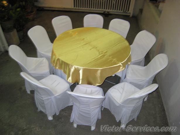 เช่าโต๊ะจีน-เก้าอี้พลาสติก คลุมผ้าสีทอง 1