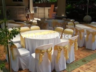 เช่าโต๊ะจีน -เก้าอี้พลาสติกคลุมผ้า ผูกโบว์สีทอง 5