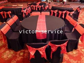 เช่าโต๊ะจีน + เก้าอี้ พลาสิตกคลุมผ้าดำ + โบว์แดง 2