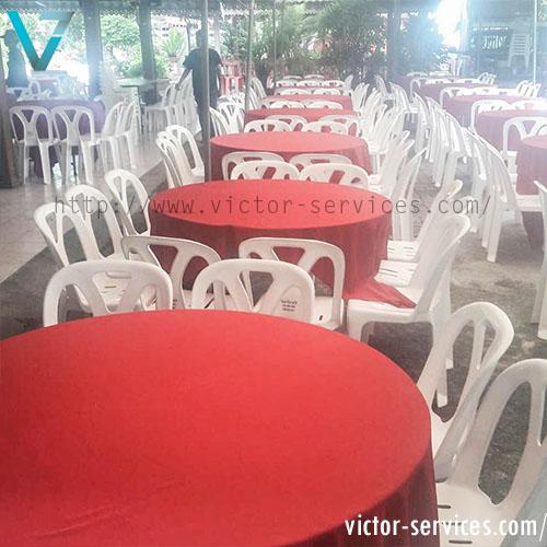 เช่าโต๊ะจีน -เก้าอี้พลาสติก คลุมผ้าโต๊ะสีแดง 1