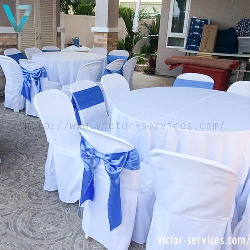เช่าโต๊ะจีน -เก้าอี้พลาสติกคลุมผ้า ผูกโบว์สีฟ้า 1