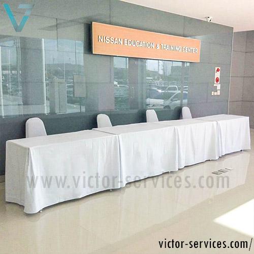 เช่าโต๊ะ - โต๊ะเหลี่ยมหน้าขาว(คลุมผ้ายาวถึงพื้น) *สวยงาม