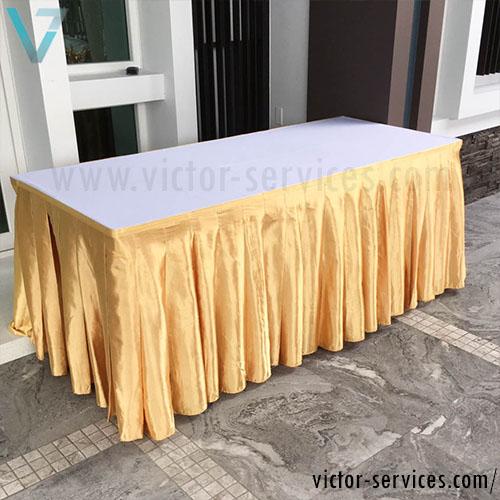 เช่าโต๊ะ - โต๊ะเหลี่ยมหน้าขาวคลุมผ้าขาว+จับจีบหลากสี 1