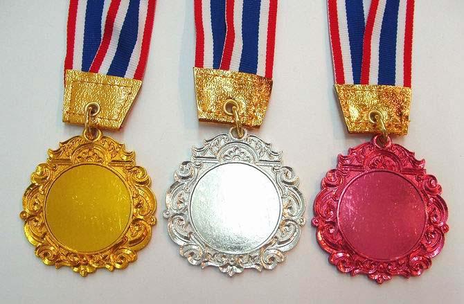 เหรียญรางวัล m 012