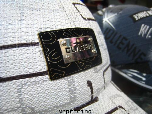 หมวกกันน๊อคมีแก๊ป nexttex ลาย กราฟฟิก-ขาว(เลิกผลิต)
