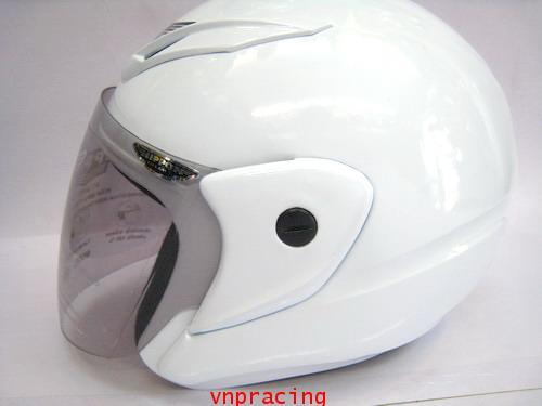 หมวกกันน๊อค NIPPON BLADE ขาว  (สินค้าหมด)