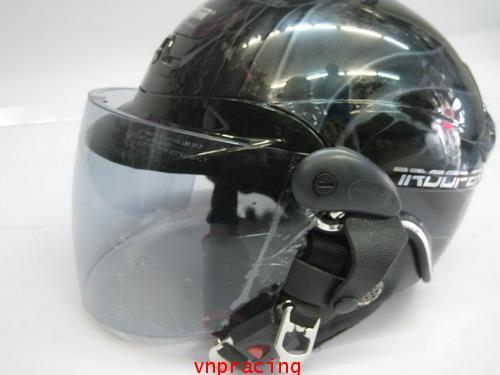 หมวกกันน็อค SAPEC CROWN รุ่น TROOPER สีดำ