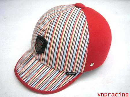 หมวกกันน๊อคแฟชั่น รุ่นใหม่ 2010 ลาย Rainbow แดง(เลิกผลิต)