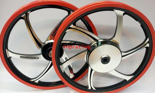 ล้อแม็ก Daichi แม็กไดอิจิ ลาย Racing 68 สีดำ ขอบแดงตัดเงิน สำหรับ ยามาฮ่า ออโตเมติก