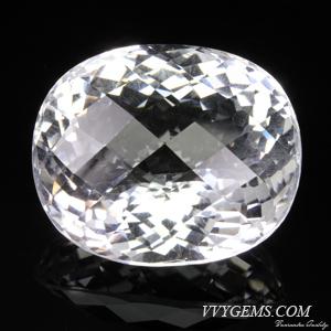 ร็อก คริสตัล (Rock Crystal) รูปไข่ เหลี่ยมตาข่าย 50.18 ct