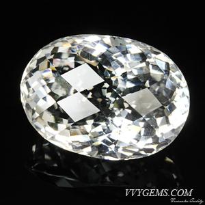 ร็อก คริสตัล (Rock Crystal) เหลี่ยมตาข่าย 68.14 กะรัต