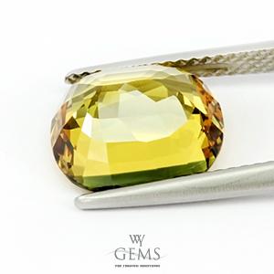 [GIT Certified]บุษราคัม(Yellow Sapphire) 6.06 กะรัต *ดิบ สีแบ่ง3โซน 1