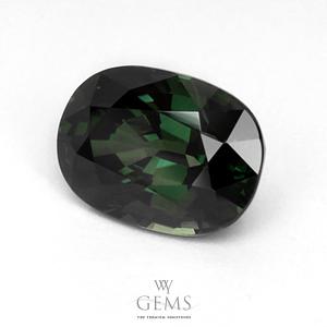 เขียวส่อง(Green Sapphire) 4.43 กะรัต เขียวเข้ม 1