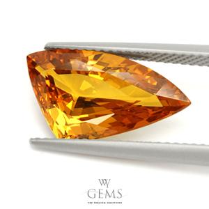 บุษราคัม(Yellow Sapphire) 5.93 กะรัต ทรงแฟนซี