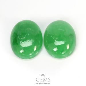 หยกพม่า (Jadeite Jade) 2 เม็ด 13.61 ct คู่ต่างหู