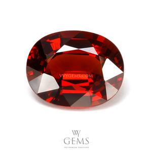 โกเมน (Spessartite Garnet) 4.64 กะรัต สีแดงส้ม รูปไข่