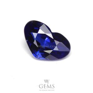 ไพลิน(Blue Sapphire) 1.11 กะรัต รูปหัวใจ สีน้ำเงินเข้ม