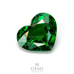 ซาวอไรต์(Tsavorite) 2.12 ct รูปหัวใจ สีเขียวเข้มสวย