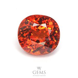 สเปสซาร์ไทด์ (Spessartite Garnet) 4.06 กะรัต สีส้ม IF ไร้ตำหนิ