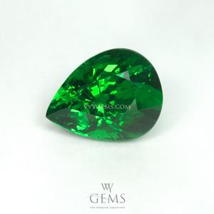 กรีน การ์เนต(Green Garnet) 2.03 กะรัต หยดน้ำ สีท็อป ไฟเต็มเม็ด