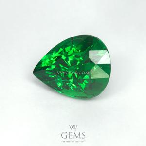 กรีน การ์เนต(Green Garnet) 2.03 กะรัต หยดน้ำ สีท็อป ไฟเต็มเม็ด 1
