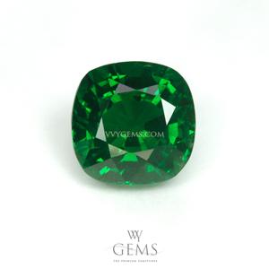 กรีน การ์เนต(Green Garnet) 1.57 กะรัต รูปคุชชั่น สีท็อป