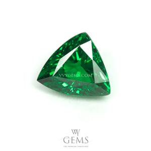 กรีน การ์เนต(Green Garnet) 1.02 กะรัต รูปสามเหลี่ยม 1