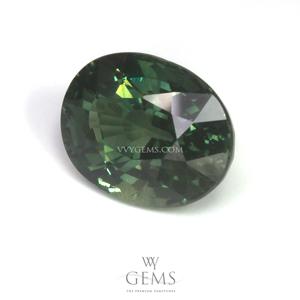 เขียวส่อง (Green Sapphire) 3.08 กะรัต รูปไข่ 1