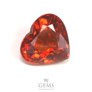 สเปสซาร์ไทด์ (Spessartite Garnet) 3.18 กะรัต รูปหัวใจ สีแดงส้ม