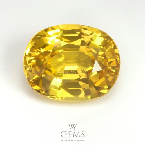บุษราคัม(Yellow Sapphire) 4.20 กะรัต  รูปไข่ ไฟดี