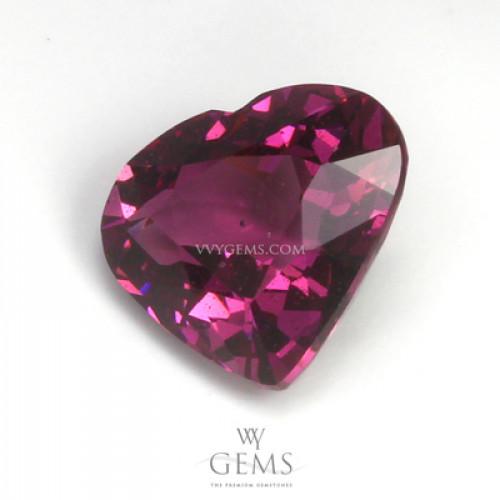 โรโดไลต์ (Rhodolite) 2.50 กะรัต รูปหัวใจ สีม่วงเข้ม 1