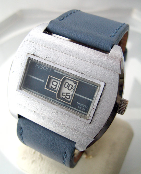 agon jumping hours 1970 swiss watch for man,lady 39x42mm หน้าปัดน้ำเงิน light blue เดินเวลาแบบตัวเลข