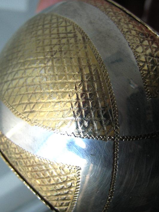 กำไลข้อมือ italy ตัวเรือนเป็นเงินปิดทองเป็นลวดลาย งานเก่า เหมาะกับข้อมือขนาด 15-16cm สภาพสวย 1
