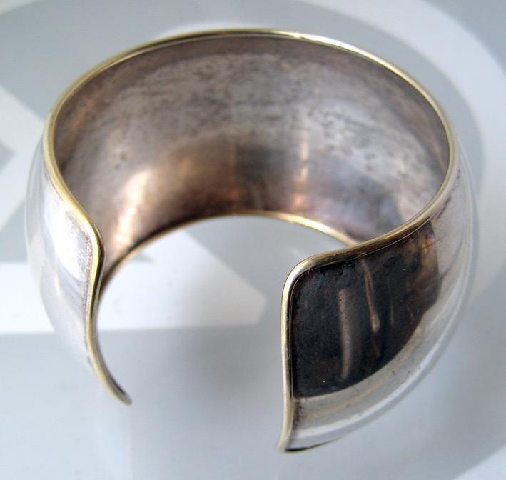 กำไลข้อมือ italy ตัวเรือนเป็นเงินปิดทองเป็นลวดลาย งานเก่า เหมาะกับข้อมือขนาด 15-16cm สภาพสวย 2