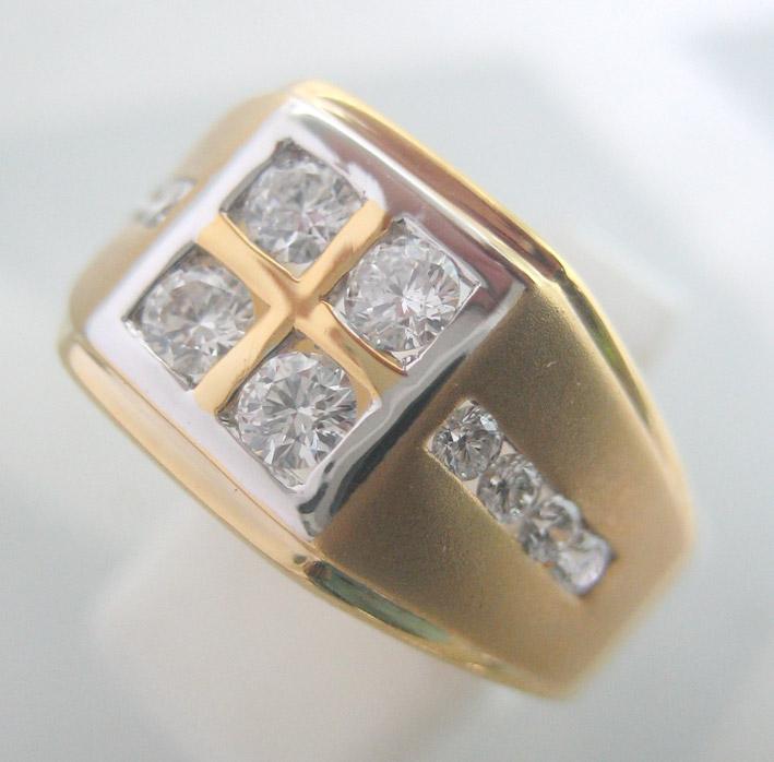 แหวนทองคำประดับเพชรแท้เม็ดหลักขนาด 0.10x4 กะรัต เม็ดรองขนาด 0.025x8 กะรัต น้ำขาว 96 เบลเยี่ยมคัตไฟดี