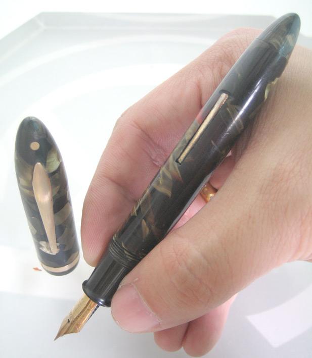 ปากกาหมึกซึม sheaffer life time 1932 USA ตัวด้ามอครีลิคลายหินเขียว ชุดเหน็บเคลือบทอง ปากทอง 18k ฝาขั 2