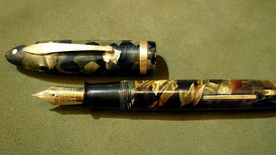 ปากกาหมึกซึม sheaffer life time 1932 USA ตัวด้ามอครีลิคลายหินเขียว ชุดเหน็บเคลือบทอง ปากทอง 18k ฝาขั